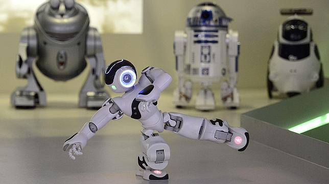 Google launches to manufacture robots