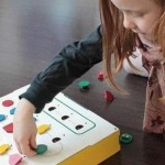 Primo: A toy for children to learn program easily