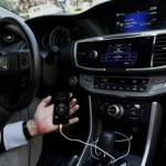 The connected car: New war of Apple and Android