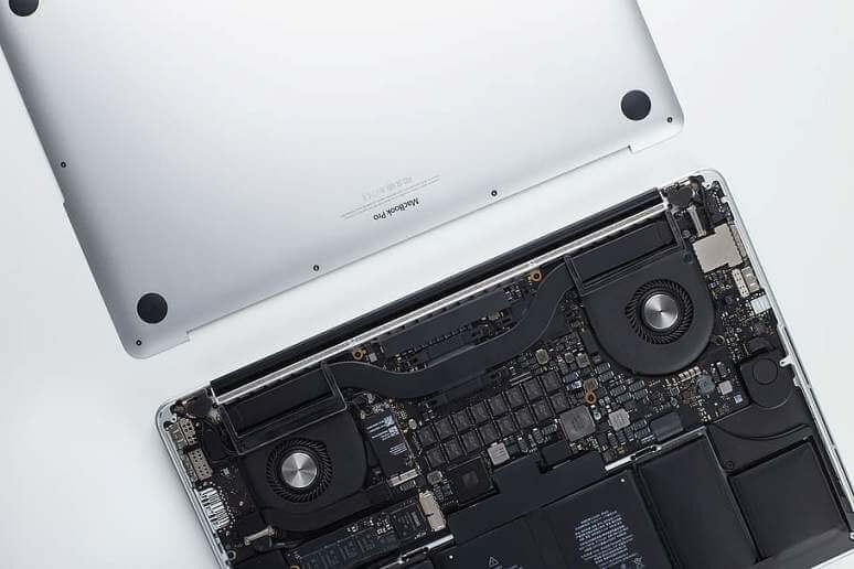 laptop hardware